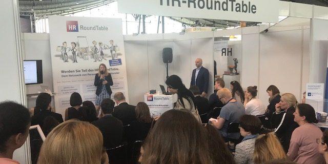 Vortrag auf der Zukunft Personal Süd 2018 in Stuttgart. Katja und Robert Reiter